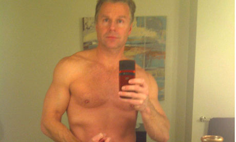 Chris-lee-topless-007
